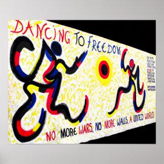 Galerie de côté est, mur de Berlin, Liberté de dan Poster