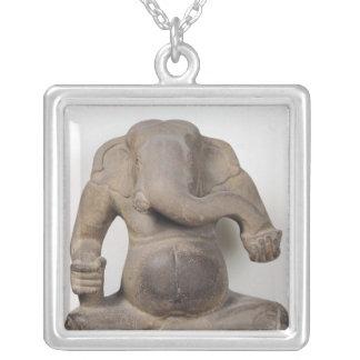 Ganesh, des parents de Tuol Pheak Pendentif Carré