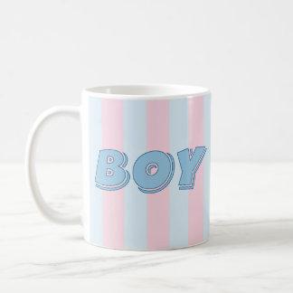 Garçon bleu avec les rayures roses mug blanc