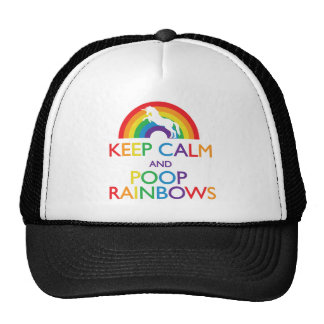 Gardez la licorne d'arcs-en-ciel de calme et de casquette