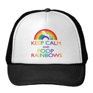 Gardez la licorne d'arcs-en-ciel de calme et de du casquette