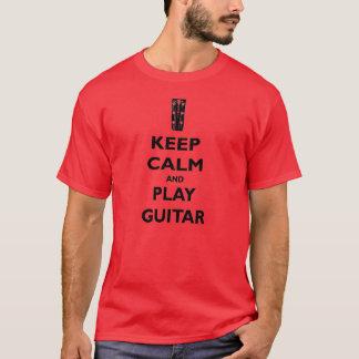 Gardez la pièce en t de guitare de calme et de jeu t-shirt