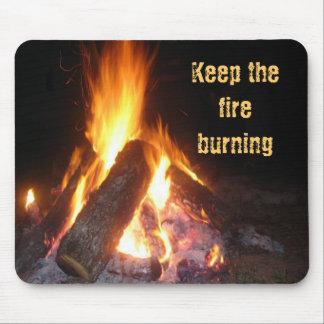 Gardez le Burning du feu Tapis De Souris