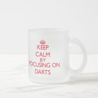 Gardez le calme en se concentrant dessus sur des d mug en verre givré