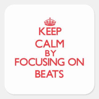 Gardez le calme en se concentrant sur des adhésifs