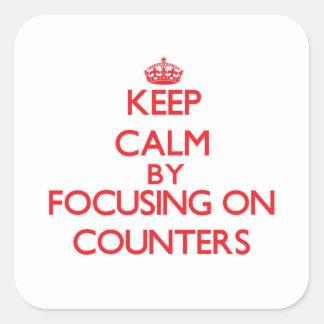 Gardez le calme en se concentrant sur des autocollants carrés