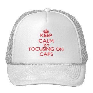Gardez le calme en se concentrant sur des casquette de camionneur