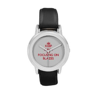 Gardez le calme en se concentrant sur des flammes montres bracelet