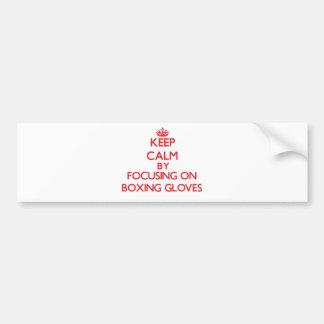 Gardez le calme en se concentrant sur des gants de adhésifs pour voiture