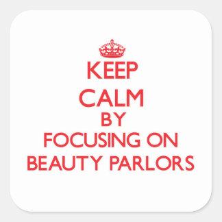 Gardez le calme en se concentrant sur des salons adhésif