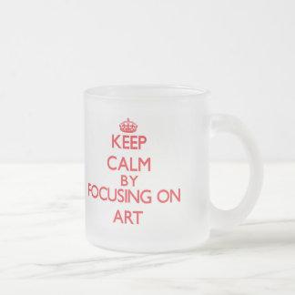 Gardez le calme en se concentrant sur l art tasse