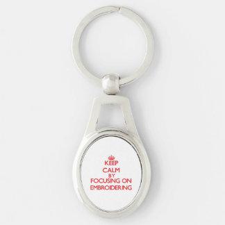 Gardez le calme en se concentrant sur la BRODERIE Porte-clef
