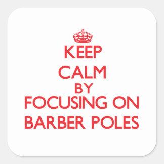 Gardez le calme en se concentrant sur le coiffeur adhésif