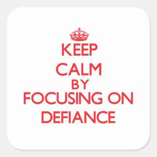 Gardez le calme en se concentrant sur le défi autocollant carré