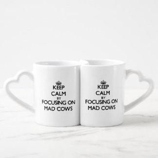Gardez le calme en se concentrant sur les vaches f mugs amoureux