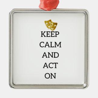 Gardez le calme et agissez sur la vitesse ornement carré argenté