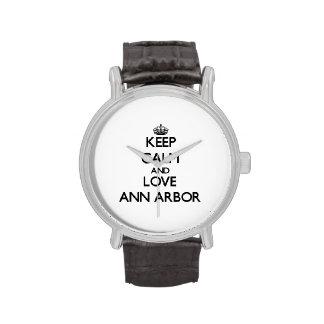 Gardez le calme et aimez Ann Arbor Montres