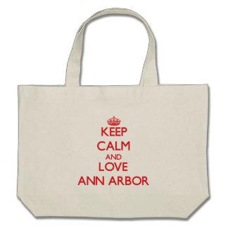 Gardez le calme et aimez Ann Arbor Sacs De Toile