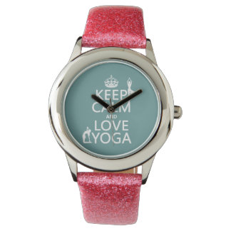 Gardez le calme et aimez le yoga (les couleurs montres bracelet