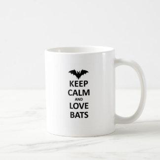 Gardez le calme et aimez les battes tasses