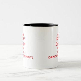 Gardez le calme et aimez les expériences chimiques tasses à café