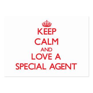 Gardez le calme et aimez un agent spécial cartes de visite personnelles