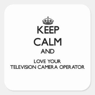 Gardez le calme et aimez votre opérateur de caméra sticker carré