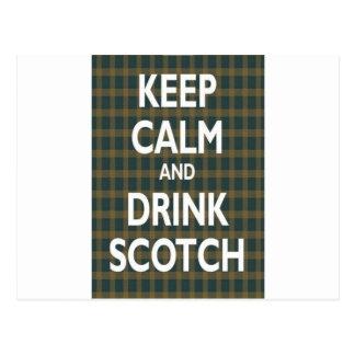 Gardez le calme et buvez écossais carte postale