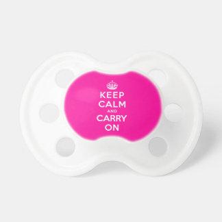 Gardez le calme et continuez tétines pour bébé