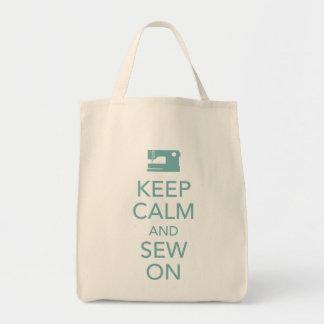 Gardez le calme et cousez sur le sac fourre-tout