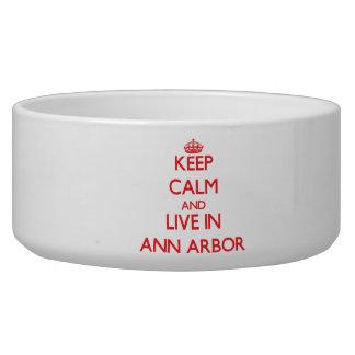 Gardez le calme et habitez à Ann Arbor Bols Pour Chien