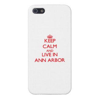 Gardez le calme et habitez à Ann Arbor Coques iPhone 5
