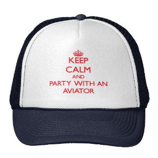 Gardez le calme et la partie avec un aviateur casquettes