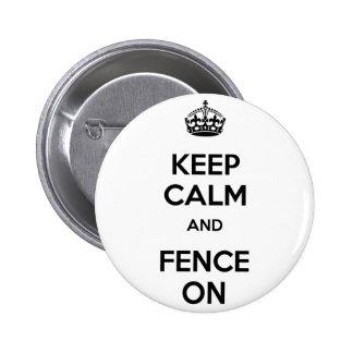 Gardez le calme et le clôturez dessus pin's avec agrafe