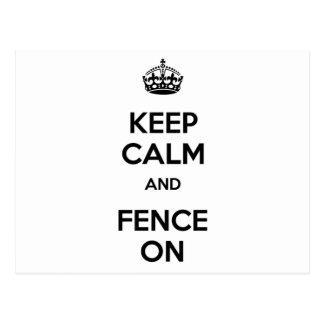 Gardez le calme et le clôturez dessus carte postale