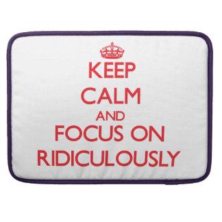 Gardez le calme et le foyer dessus ridiculement poches pour macbook