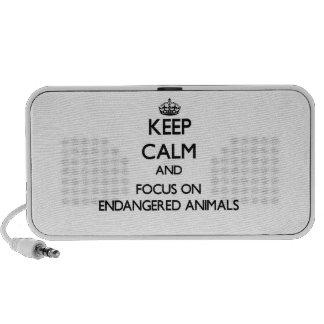 Gardez le calme et le foyer sur des ANIMAUX ENDANG Haut-parleur De Voyage