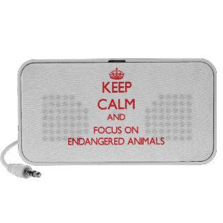 Gardez le calme et le foyer sur des ANIMAUX ENDANG