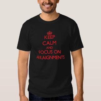Gardez le calme et le foyer sur des LECTURES DE T-shirts