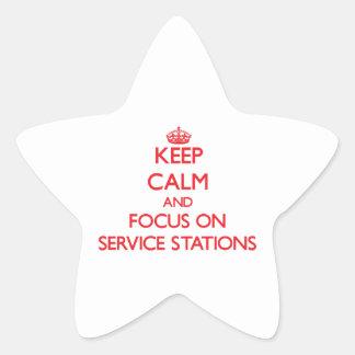Gardez le calme et le foyer sur des stations stickers en étoile