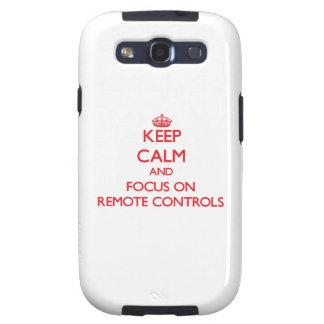 Gardez le calme et le foyer sur des télécommandes coque galaxy SIII