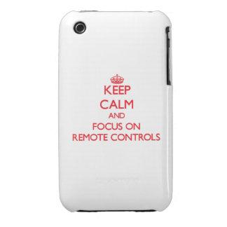 Gardez le calme et le foyer sur des télécommandes étuis iPhone 3