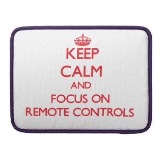 Gardez le calme et le foyer sur des télécommandes housses MacBook pro