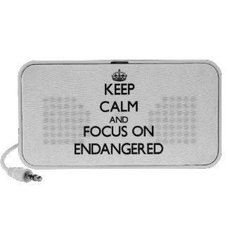 Gardez le calme et le foyer sur ENDANGERED Haut-parleur Notebook