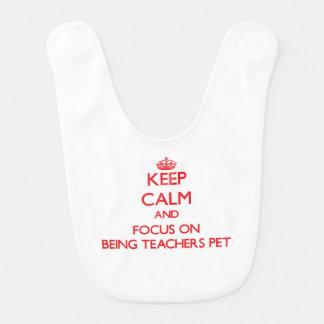 Gardez le calme et le foyer sur être animal bavoirs pour bébé