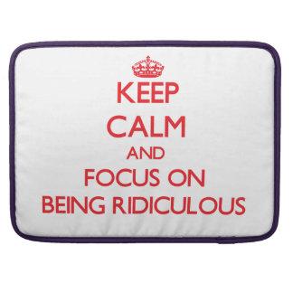 Gardez le calme et le foyer sur être ridicule poche pour macbook pro