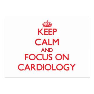 Gardez le calme et le foyer sur la cardiologie cartes de visite personnelles
