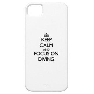 Gardez le calme et le foyer sur la plongée coque iPhone 5 Case-Mate