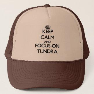 Gardez le calme et le foyer sur la toundra casquette