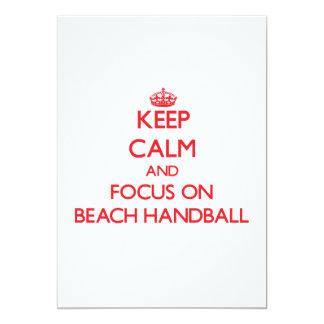 Gardez le calme et le foyer sur le handball de invitations personnalisées
